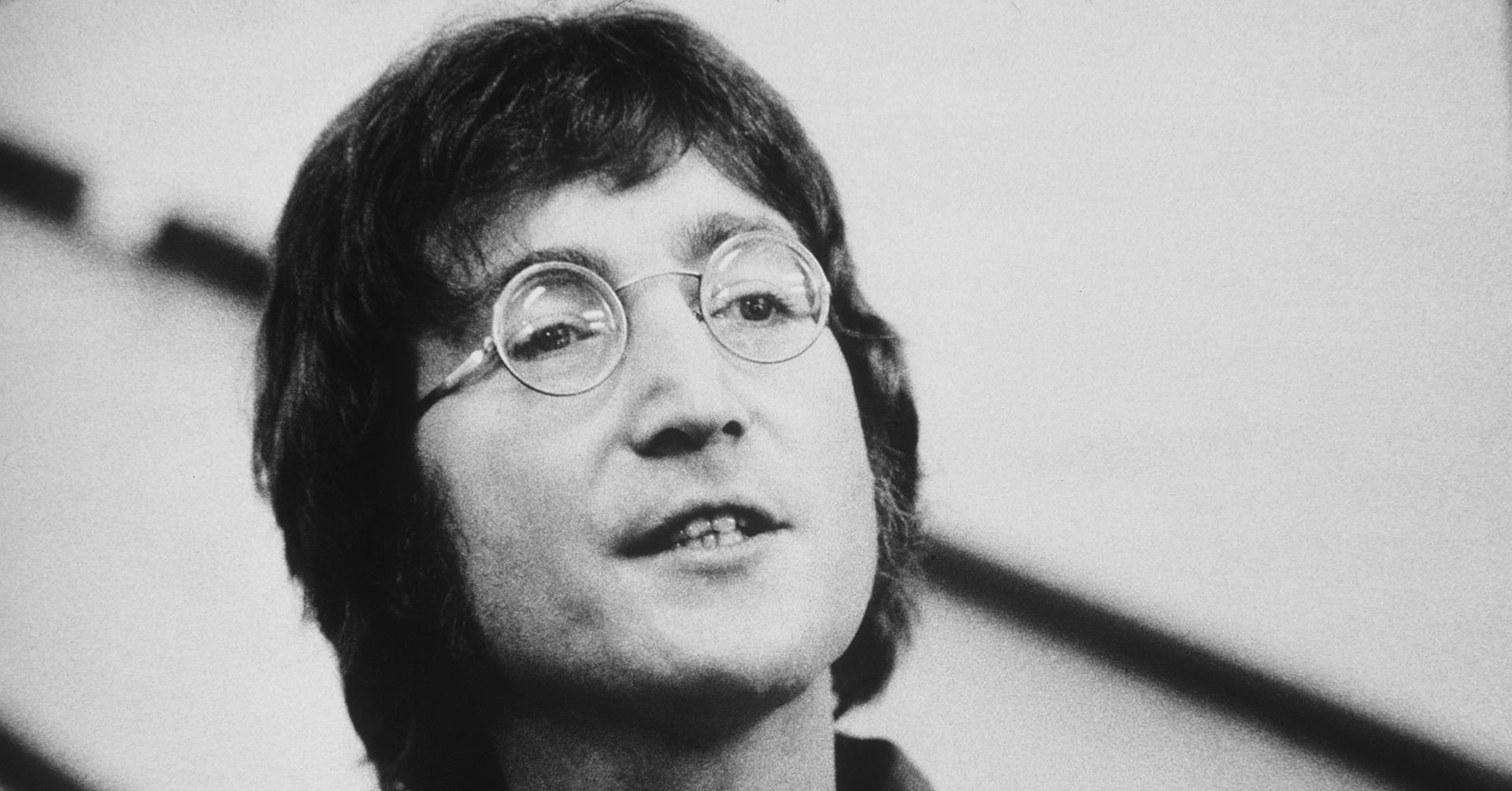 john lennon The antithesis of a call to arms, john lennon's imagine is one of the most beautiful and awe inspiring songs of all time released in 1971, deep in the heart of the vietnam war, on his.